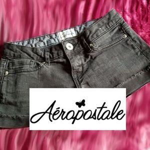 00 Aeropostale black shorts